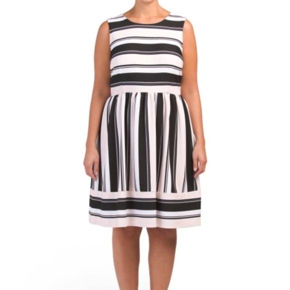 Sandra Darren NWT plus size striped dress NWT